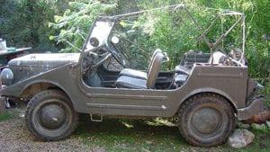 Jeep historico sin documentacion y sin perder plazas traseras